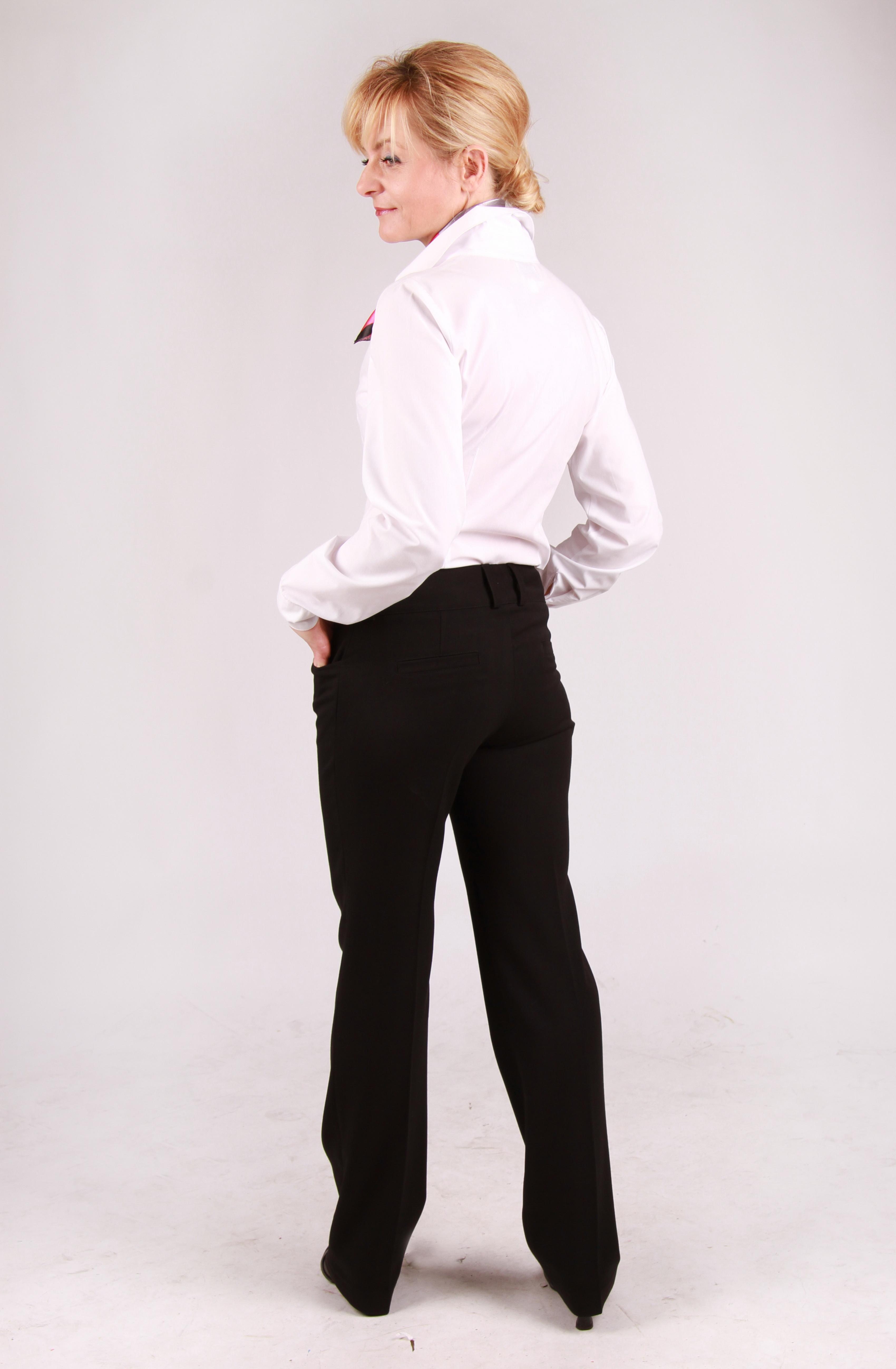 Ubrania służace do reprezentacji firmy świetnie leżą i są doskonałej jakości.