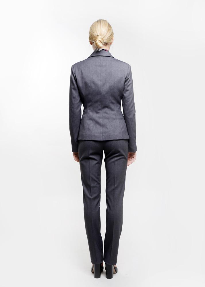 odziez-hotelowa-restauracja-spa-manager-zarzadzanie-recepcja-zakiet-elegancki-szary-grafitowy-spodnie-kostrum-garsonka-tyl