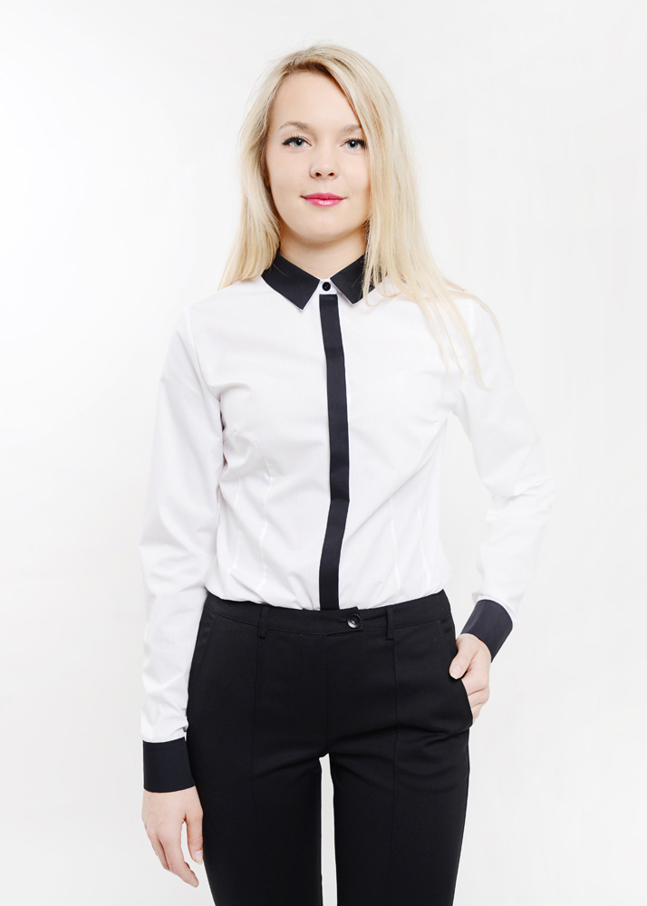 odziez-hotelowa-elegancka-recepcja-bluzka-damska-koszula-biala-z-wykonczeniem-w-kolorze-czarnym-3