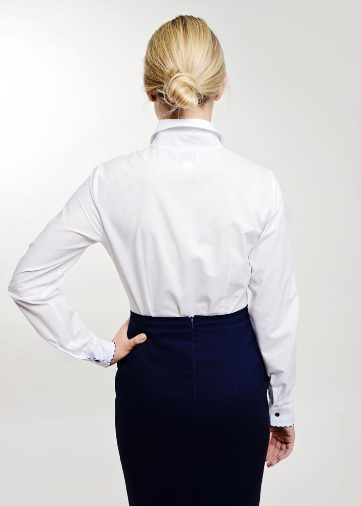 klasyczna biała bluzka koszulowa odziez hotelowa