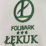 haft-logo-odziez-sluzbowa-hotelowa-nadruk-naszywka