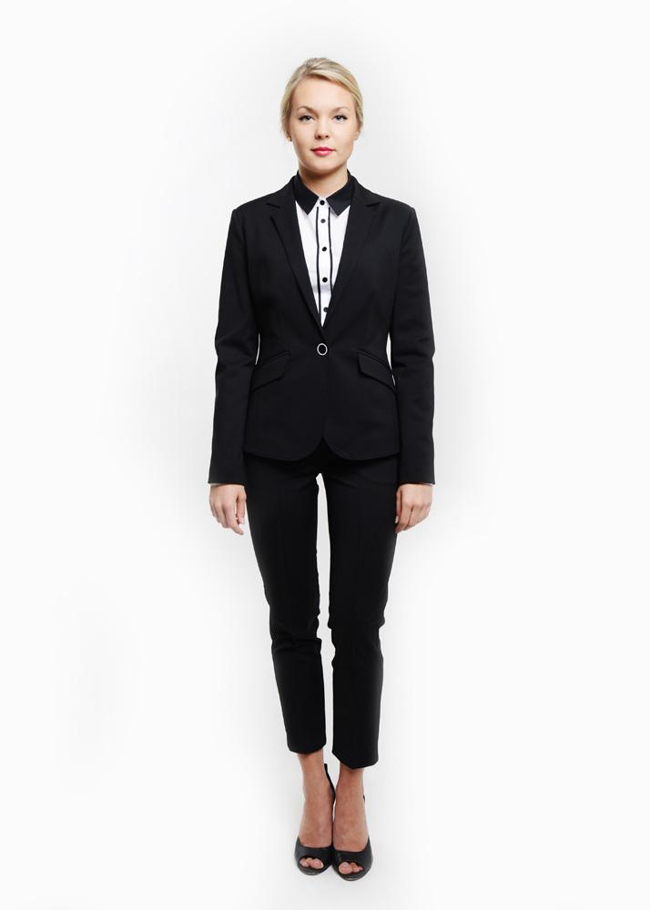 odziez-hotelowa-garnbitur-damski-garsonka-spodnica-spodnie-kamizelka-recepcja-hotel-pensjonat-elegancki-czarny (1)